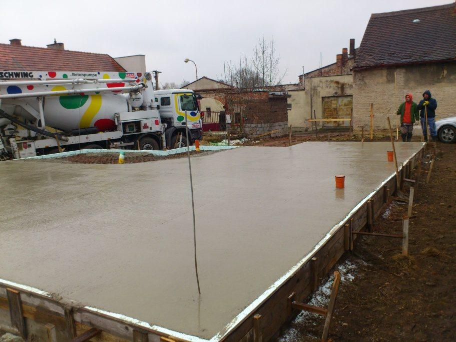 stavby a rekonstrukce (19)