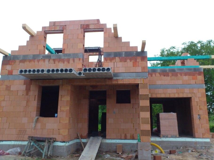 stavby a rekonstrukce (27)