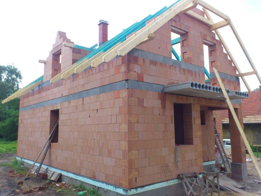 stavby a rekonstrukce (28)