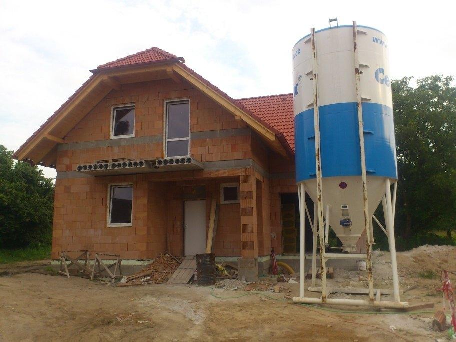 stavby a rekonstrukce (29)
